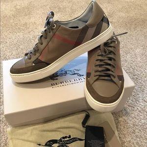 Men's Burberry Sneakers size 9.5